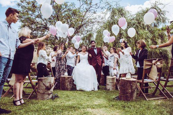 4 rituels de cérémonie laïque pour faire participer vos invités - blog mariage - Le Carnet Blanc