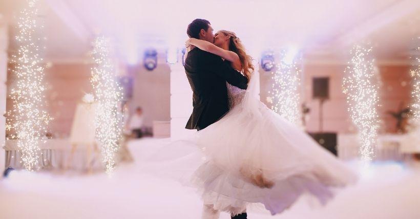 Ce qu'il faut arrêter de procrastiner dans vos préparatifs de mariage - blog mariage - le carnet blanc